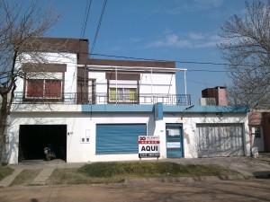 Casa y local en Villa Elisa ER